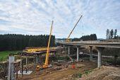Baumotor läuft, aber Baufirmen befürchten Kostenfalle